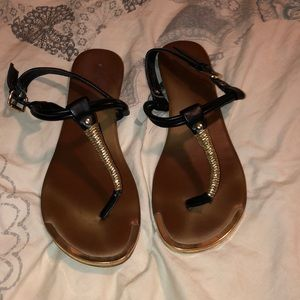 Mossimo black and gold sandals